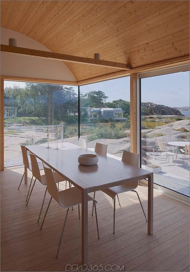 Wellblech-Strandhäuser-mit-Holz-Interieur-11-table.jpg