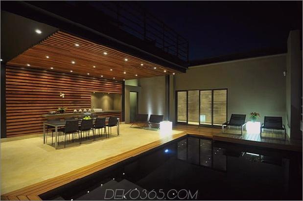 Glas-Stahl-Renovierung-mit-Schlafzimmer-Brücke-9-Pool-Beleuchtung.jpg