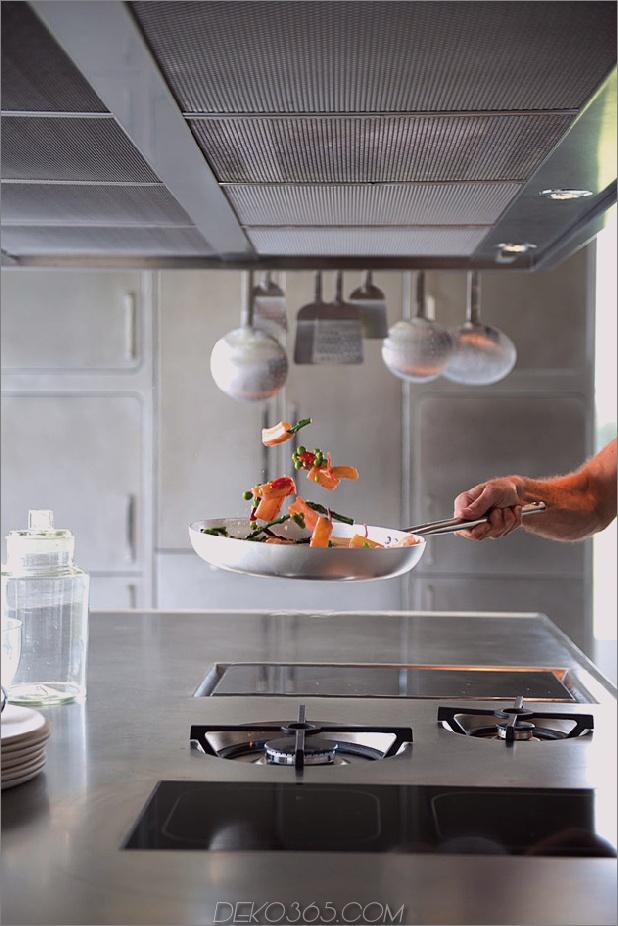 schlanke kostspielige Küche aus Edelstahl abimis 2 thumb autox943 37559 Glatte und aufwendige Küche aus Edelstahl von Abimis
