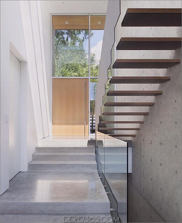 glatt-hang-haus-mit-innenausstattung-beton-7-inside-entrance.jpg