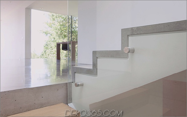 glatt-hang-haus-mit-innenausstattung-beton-13-treppen-detail.jpg