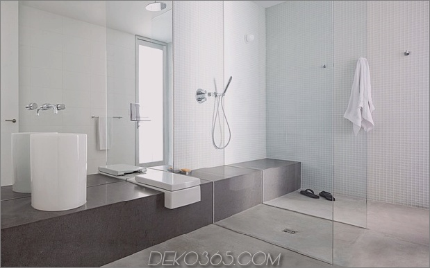 glatt-hang-haus-mit-innenausstattung mit beton-17-shower.jpg