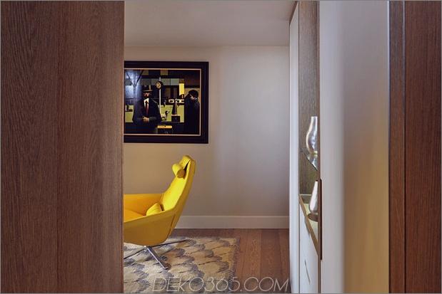 Gothic-Penthouse-wiederbelebt-mit modernen Oberflächen und Pop-of-Color-9.jpg