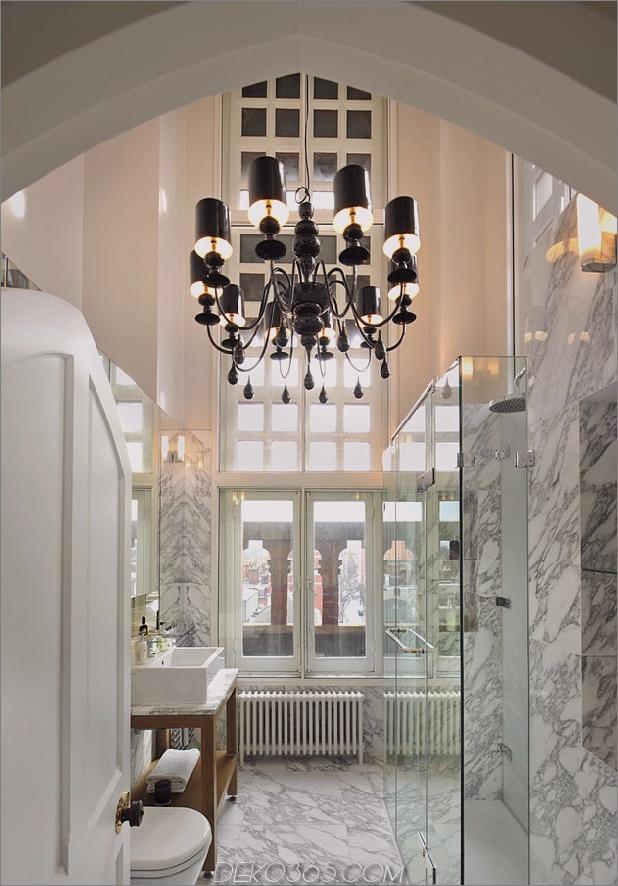 Gotik-Penthouse-wiederbelebt-mit modernen Oberflächen und Pop-of-Color-13.jpg