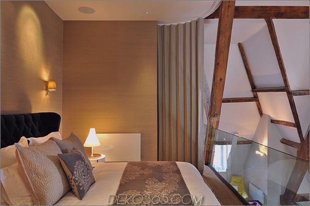 Gotik-Penthouse-wiederbelebt-mit-Modern-Finishes und Pop-of-Color-17.jpg