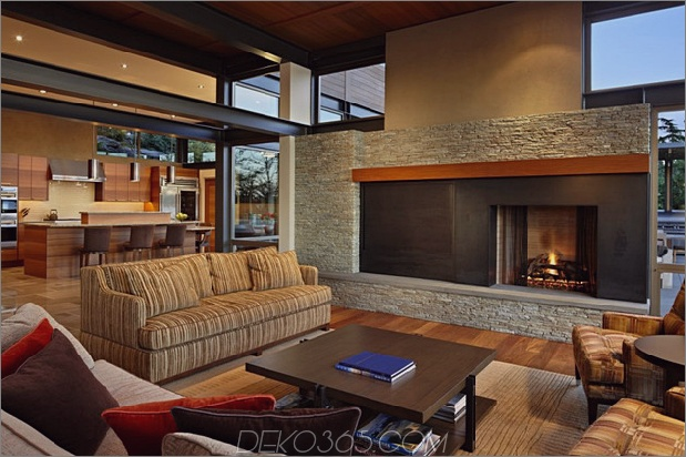grand-glass-lake-house-with-fold-steel-frame-13.jpg