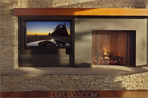 grand-glass-lake-house-with-fold-steel-frame-15.jpg