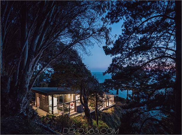 spektakuläres glas und kupferfelsenhaus in big-sur-california-17.jpg
