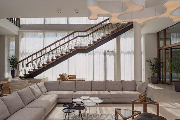 verschwenderisch-landhaus-einzigartig-details-indoor-pool-9-social.jpg