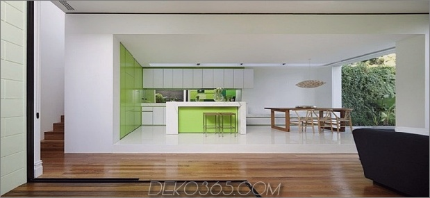 7-minimalist-home-outdoors-inside-color-green.jpg