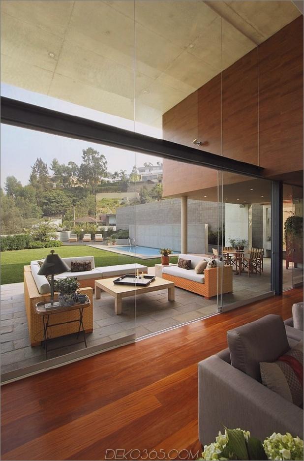 Multi-Volumen-Haus-aus-Beton-Holz-und-Glas-9.jpg