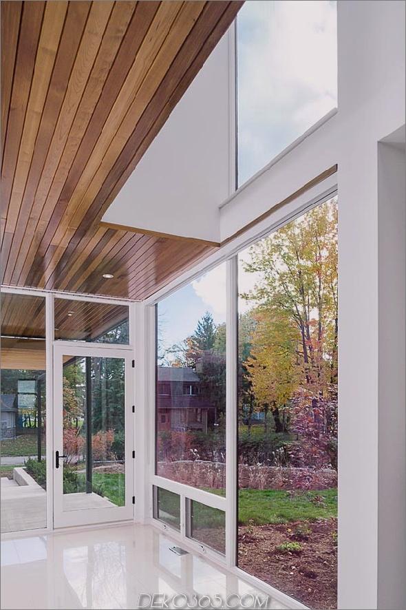 Haus im zeitgenössischen Stil mit Glaswänden, Flussuferblick-4.jpg