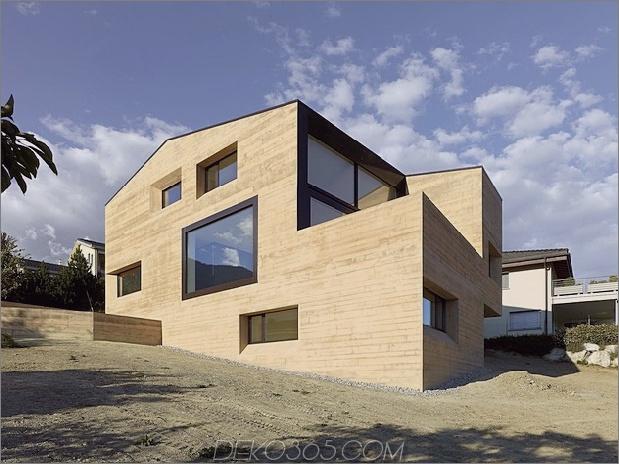 Hanghaus-mit-Holz-Look-Beton-Abdeckung-8-Tage-hinten-links.jpg