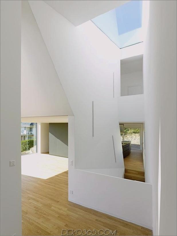 Hanghaus-mit-Holz-Look-Beton-Belag-17-Haupt-Boden-Winkel.jpg