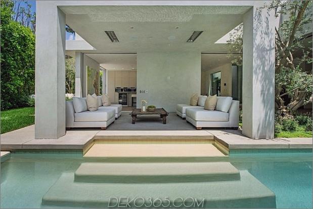 Haus mit mehrstufigen Decks umgeben von Gärten_5c598d703bfc8.jpg