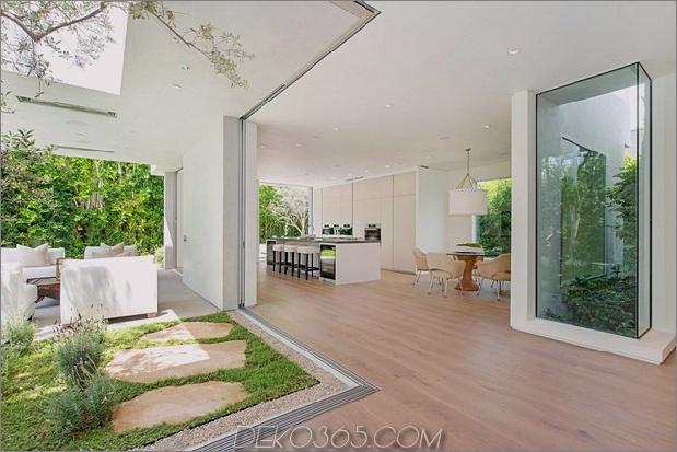 Haus mit mehrstufigen Decks umgeben von Gärten_5c598d7cbab0d.jpg