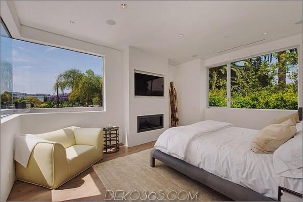 Haus-mit-ebenen-Decks-umgeben von Gärten-44-Schlafzimmer-Fenstern.jpg