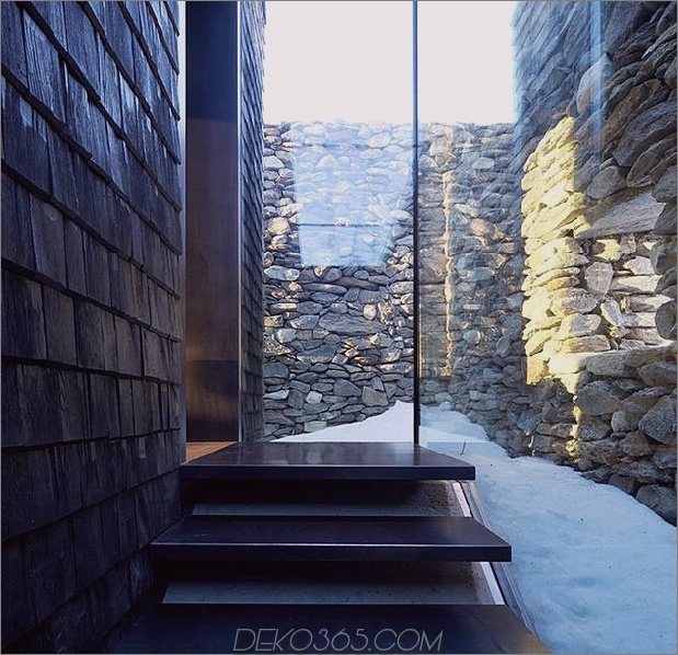 home-with-sauna-green-roof-4-entry-stairs.jpg