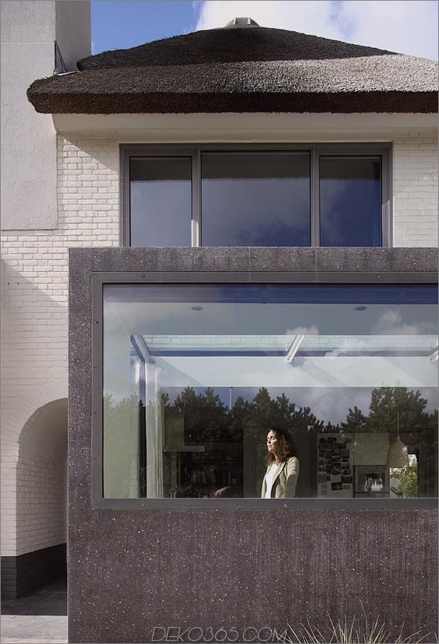 Haus-mit-Stroh-Dach-4-Addition-close.jpg