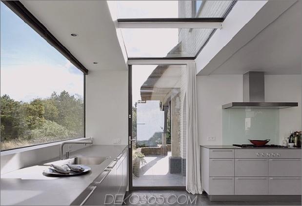 Haus-mit-Stroh-Dach-13-Küchentür.jpg