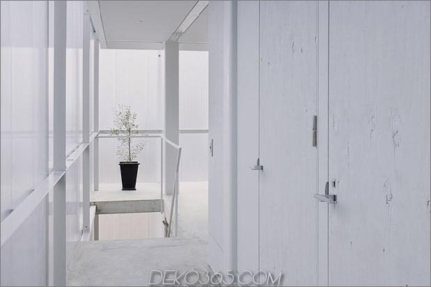 leuchthaus-mit-transluzent-wände-und-minimalistisches design-12.jpg