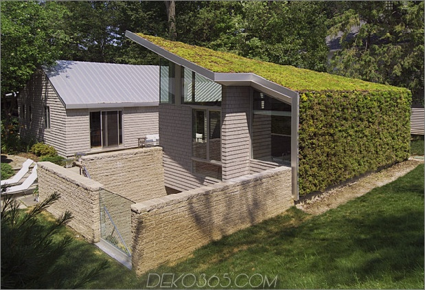 Gartenhaus mit üppiger begrünter Fassade 1 thumb 630xauto 34485 Haus mit vertikaler Gartenfassade