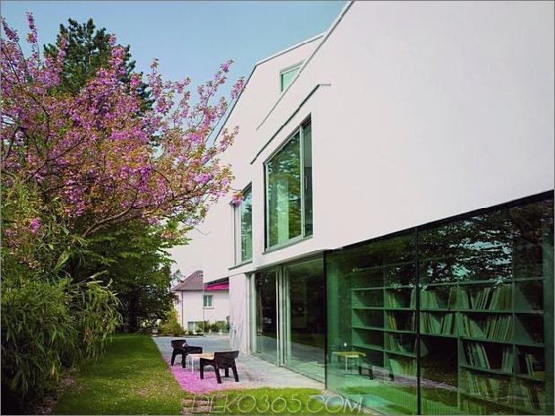 Haus-mit-zwei-geschossiges Glas-Bibliothek-5.jpg