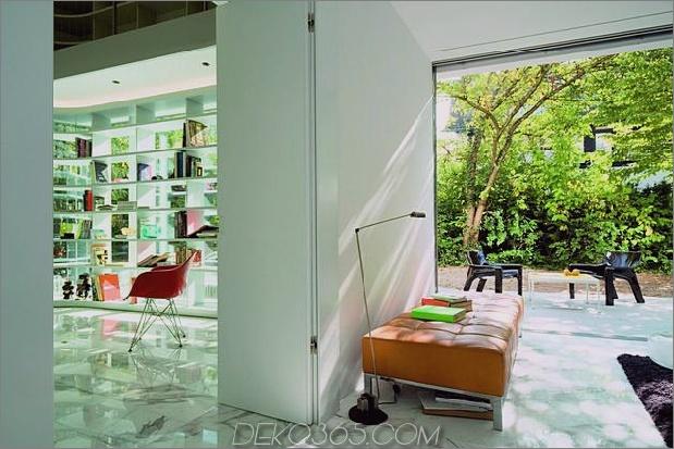 Haus-mit-zwei-geschossiges Glas-Bibliothek-10.jpg