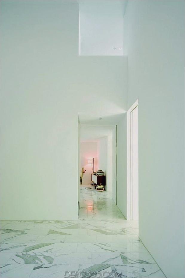 Haus-mit-zwei-geschossiges Glas-Bibliothek-16.jpg