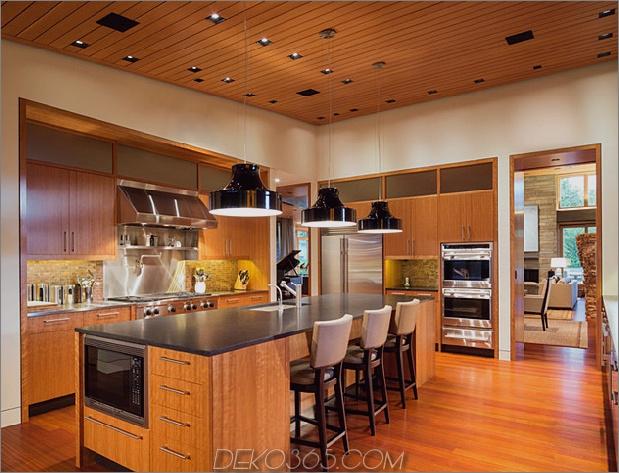 hauskünstler-studio-sanft geschwungene dachlinie-13-kitchen.jpg