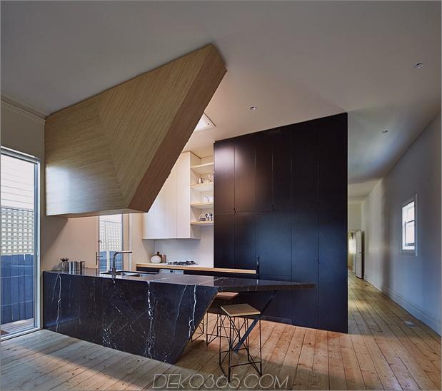 5-Haus-Addition-Dreieck-Deck-schwarz-millwork.jpg