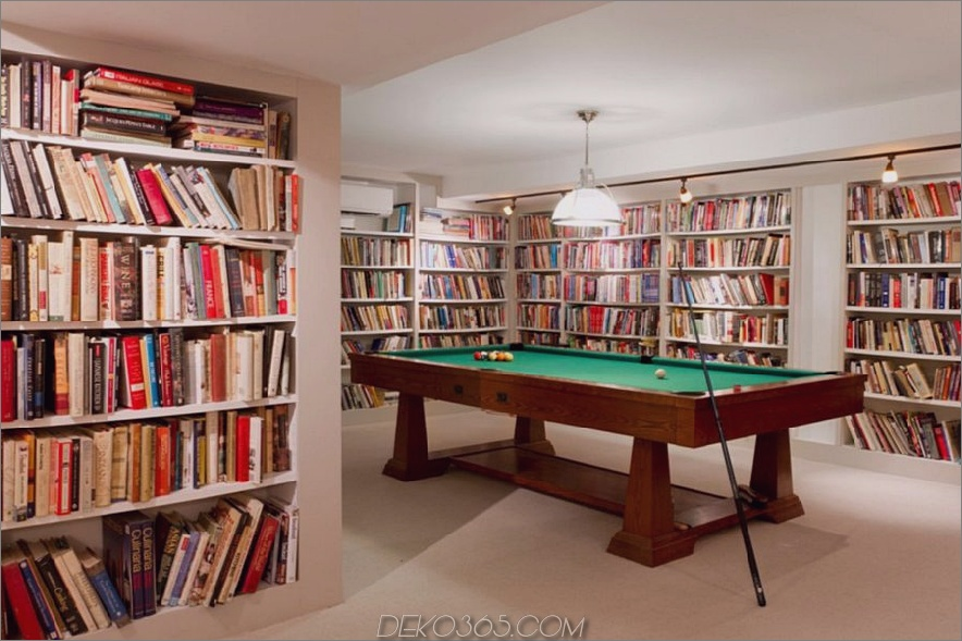 Bewahren Sie die Büchersammlung im Keller auf