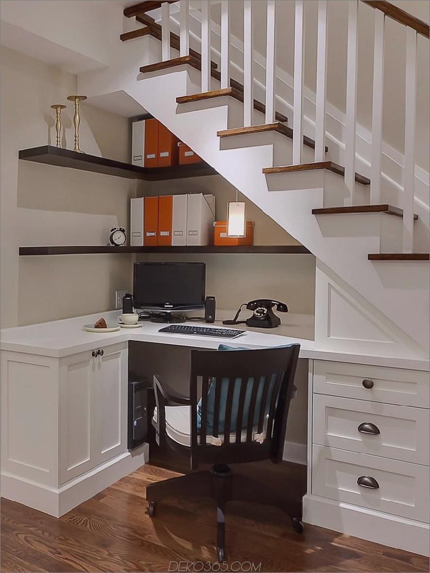 Unter dem Treppenbüro