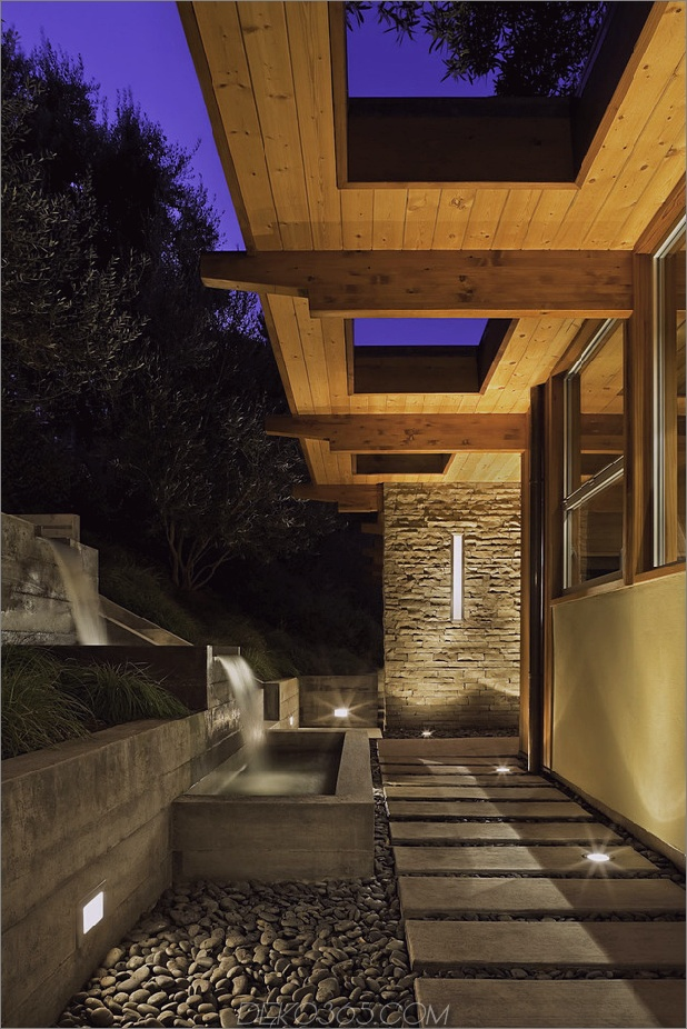 Hang-Home-Open-Up-Post-Beam-Makeover-3-entry.jpg