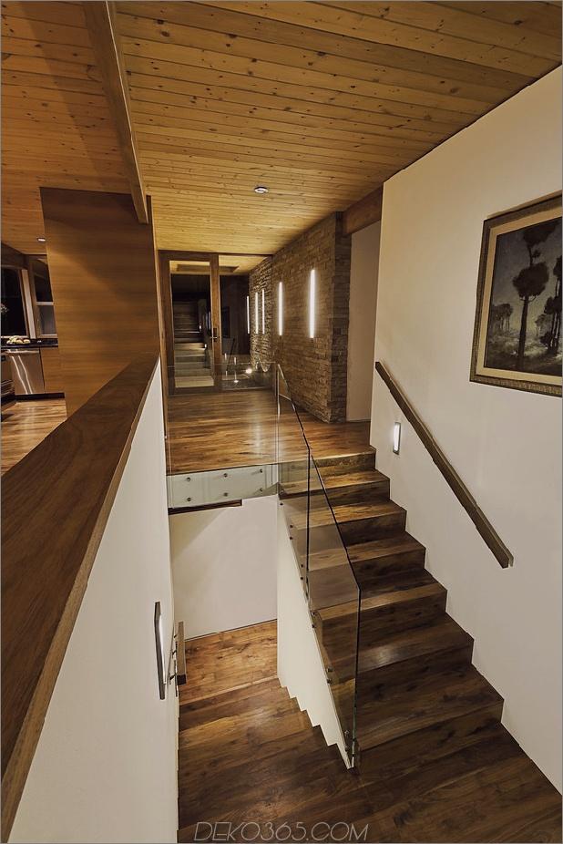 Hang-Home-Open-Up-Post-Beam-Makeover-11-Treppenhaus.jpg