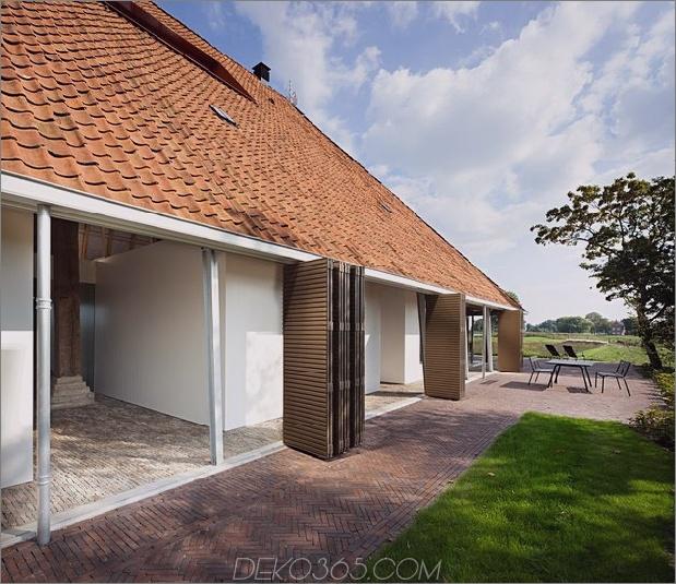 historische-holländische Farmgebäude-Hide-Modern-Homes-5-Schiebeläden.jpg