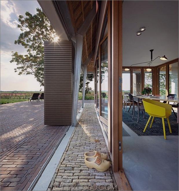 historische-holländische-Farm-Gebäude-Hide-Modern-Homes-6-Stein-Schwelle.jpg