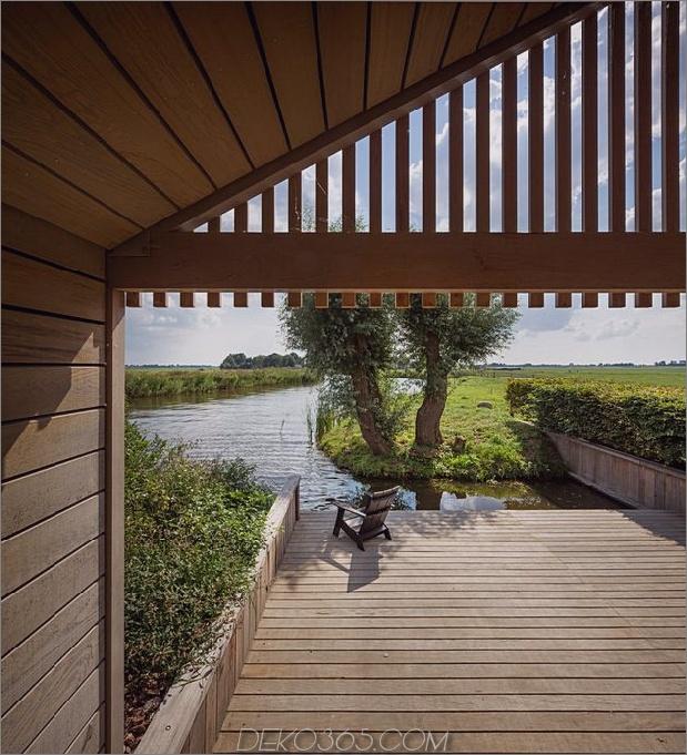 historische-holländische Farmgebäude-Hide-Modern-Homes-8-river-patio.jpg