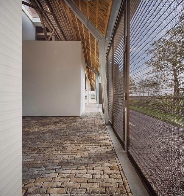Historisch-Holländische-Farm-Gebäude-Hide-Modern-Homes-11-konfigurierbar-walls.jpg
