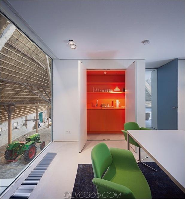 historische-niederländische-Farm-Gebäude-Hide-Modern-Homes-15-Second-Floor-office.jpg