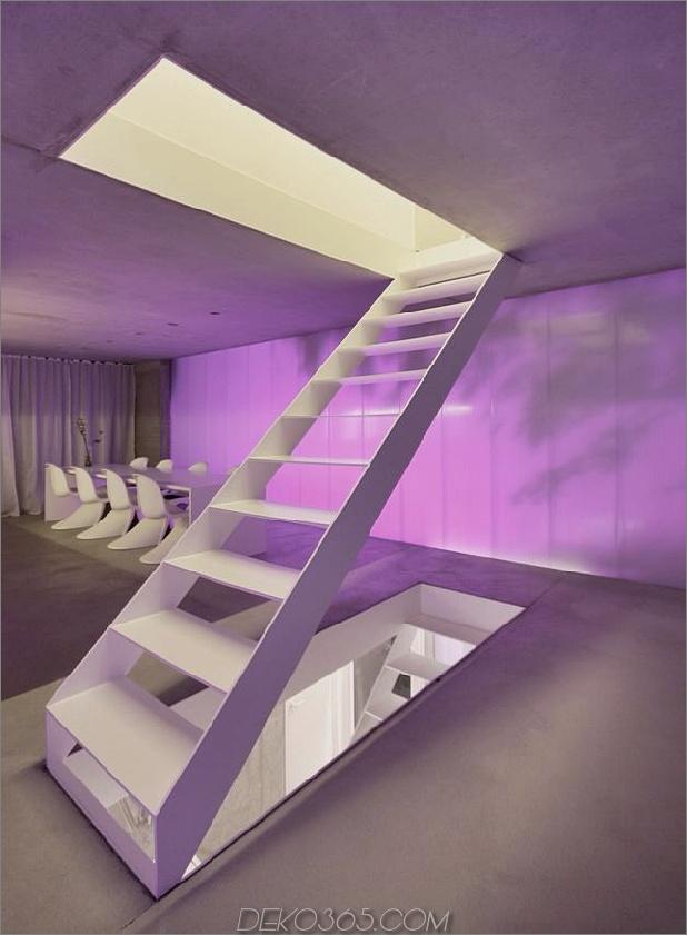 hoch-minimalistisch-Hanghaus-aus-Beton-10-Stufen-Winkel.jpg gebaut
