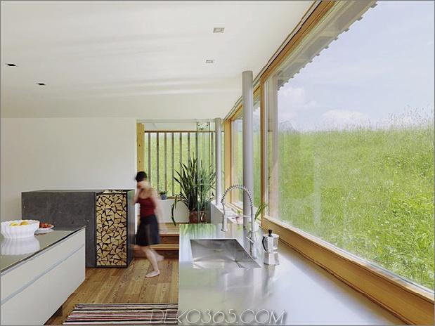 Holz-und-Glas-Berg-Haus-mit-Trio-Terrassen-7.jpg