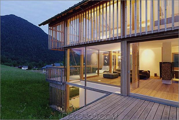 Holz-und-Glas-Berg-Haus-mit-Trio-Terrassen-11.jpg