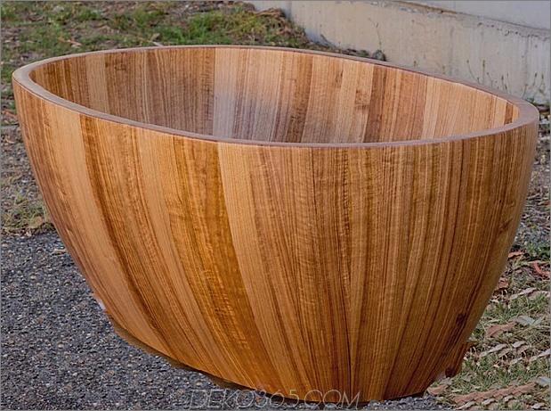 Holzbad-Tasmanian-Eiche-Holz-und-Wasser.jpg
