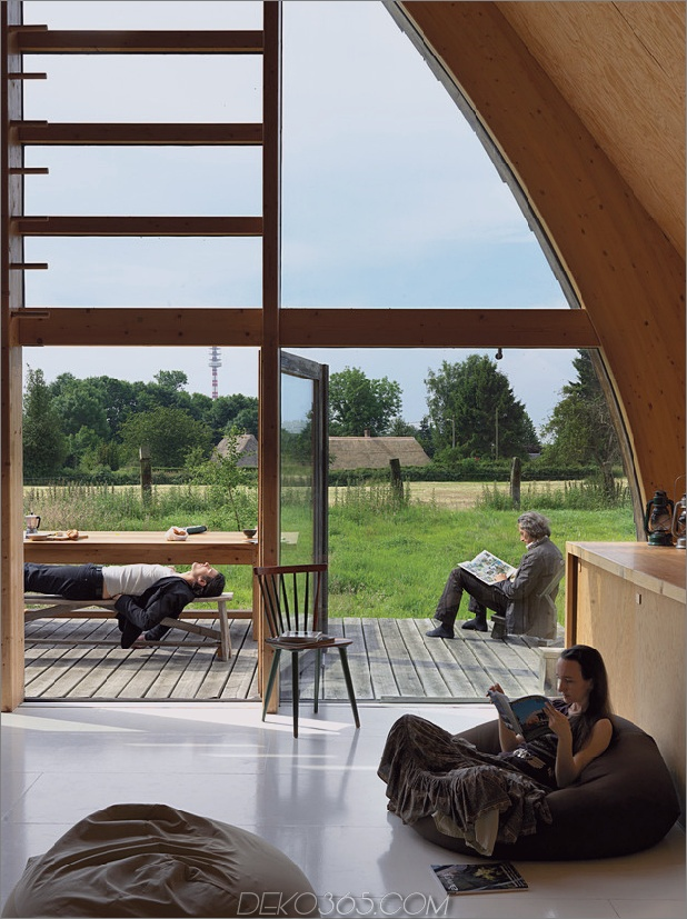 Holz-ein-Rahmen-off-the-grid-country-home-6.jpg
