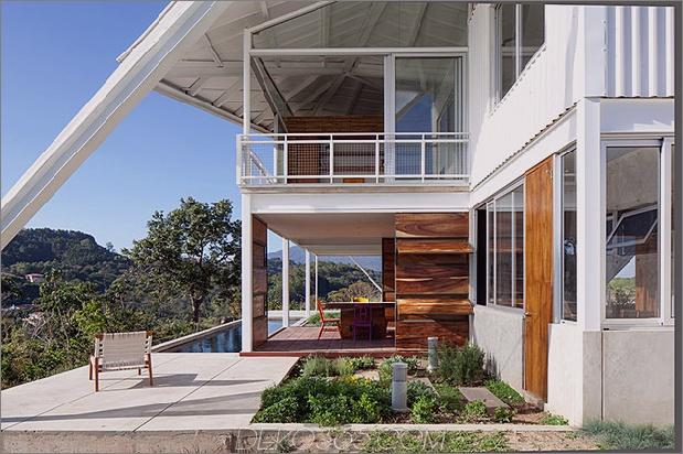 Outdoor-Wohnhaus-unter-geometrischen-Baldachin-7-Heckdeck.jpg