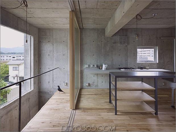 gebogenes betonhaus-mit-innenhof-5.jpg