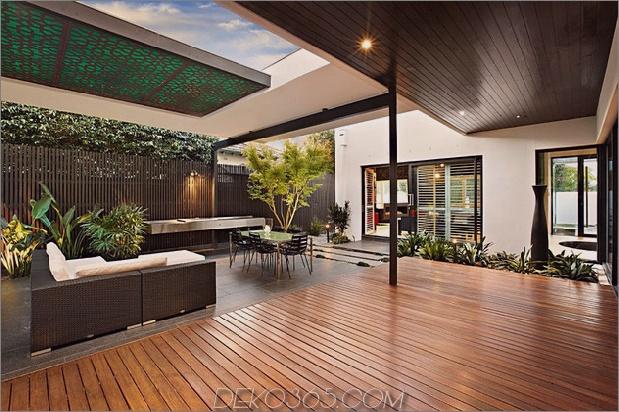 indoor-outdoor-house-design-with-alfresco-terrace-living-area-4.jpg