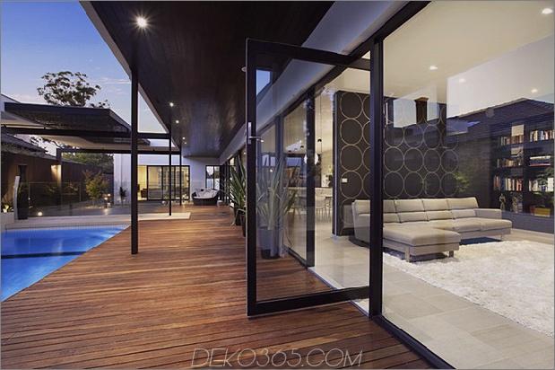 indoor-outdoor-house-design-with-alfresco-terrace-living-area-10.jpg