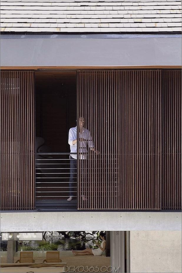Hof-Haus-Open-to-Outdoor-mit skulpturaler Treppe-7.jpg